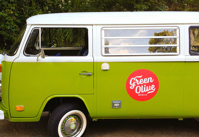 green-olive_bus